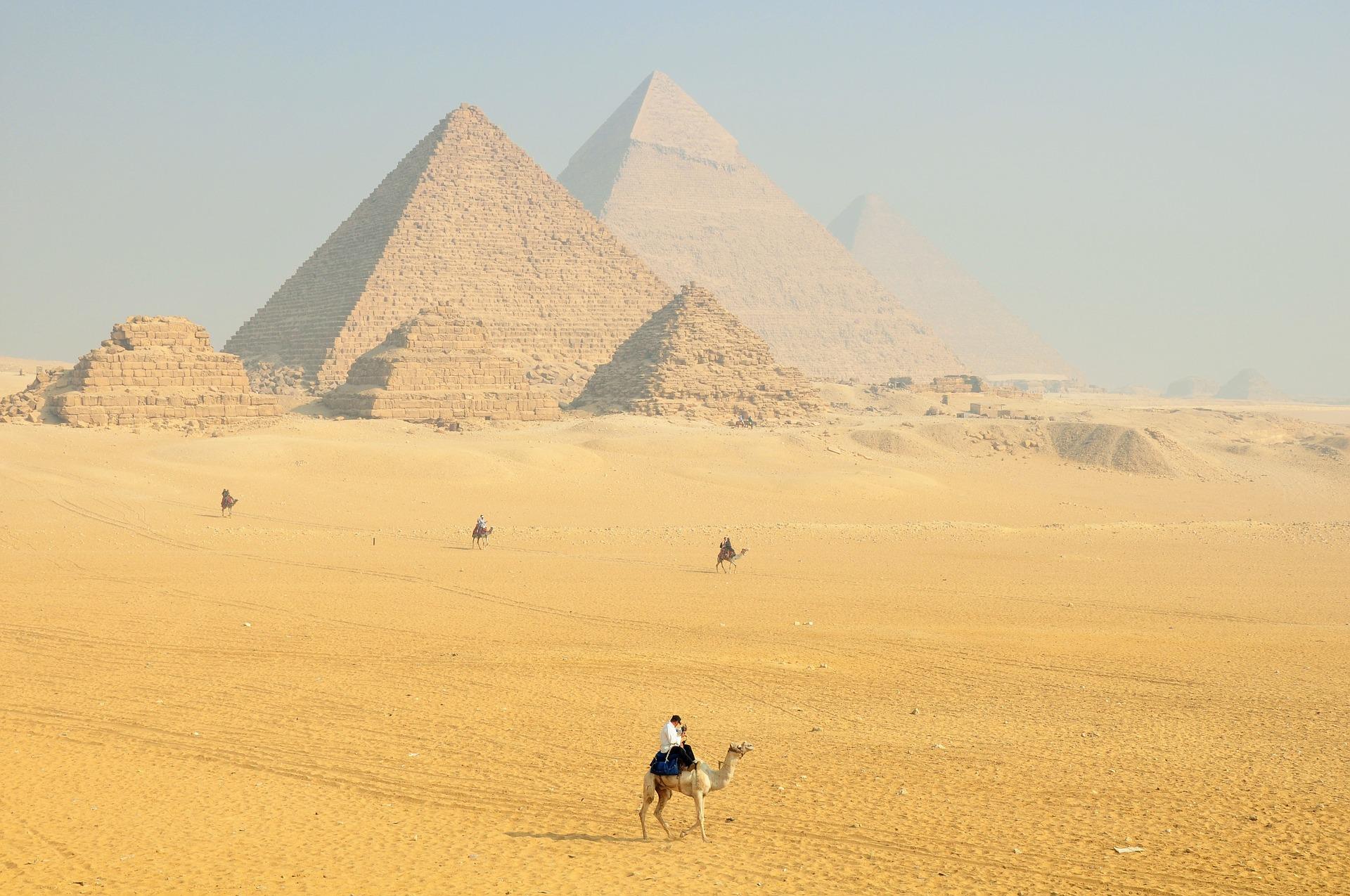7 Tempat Menarik di Mesir