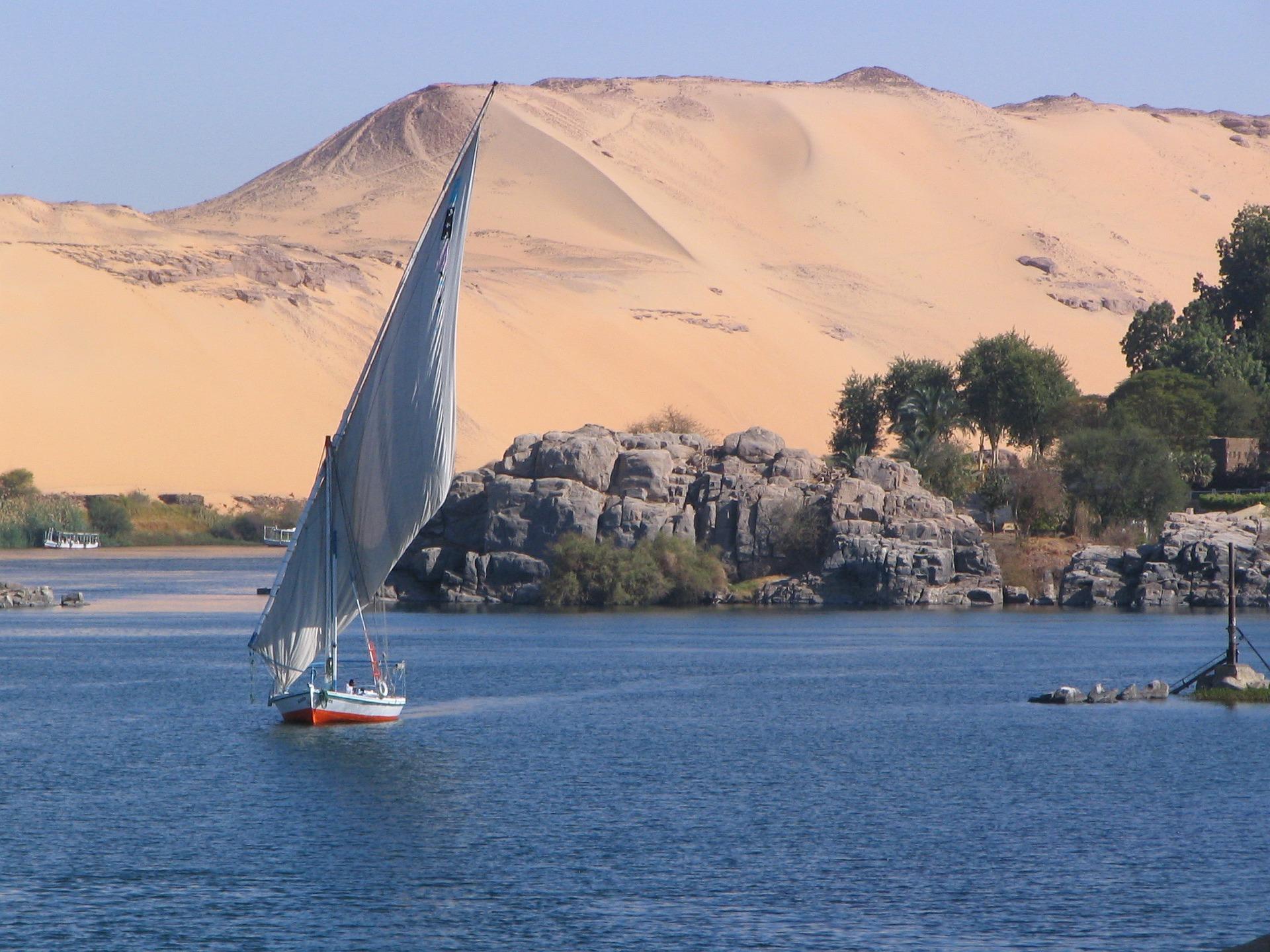 Sungai Nil Tempat Menarik di MEsir