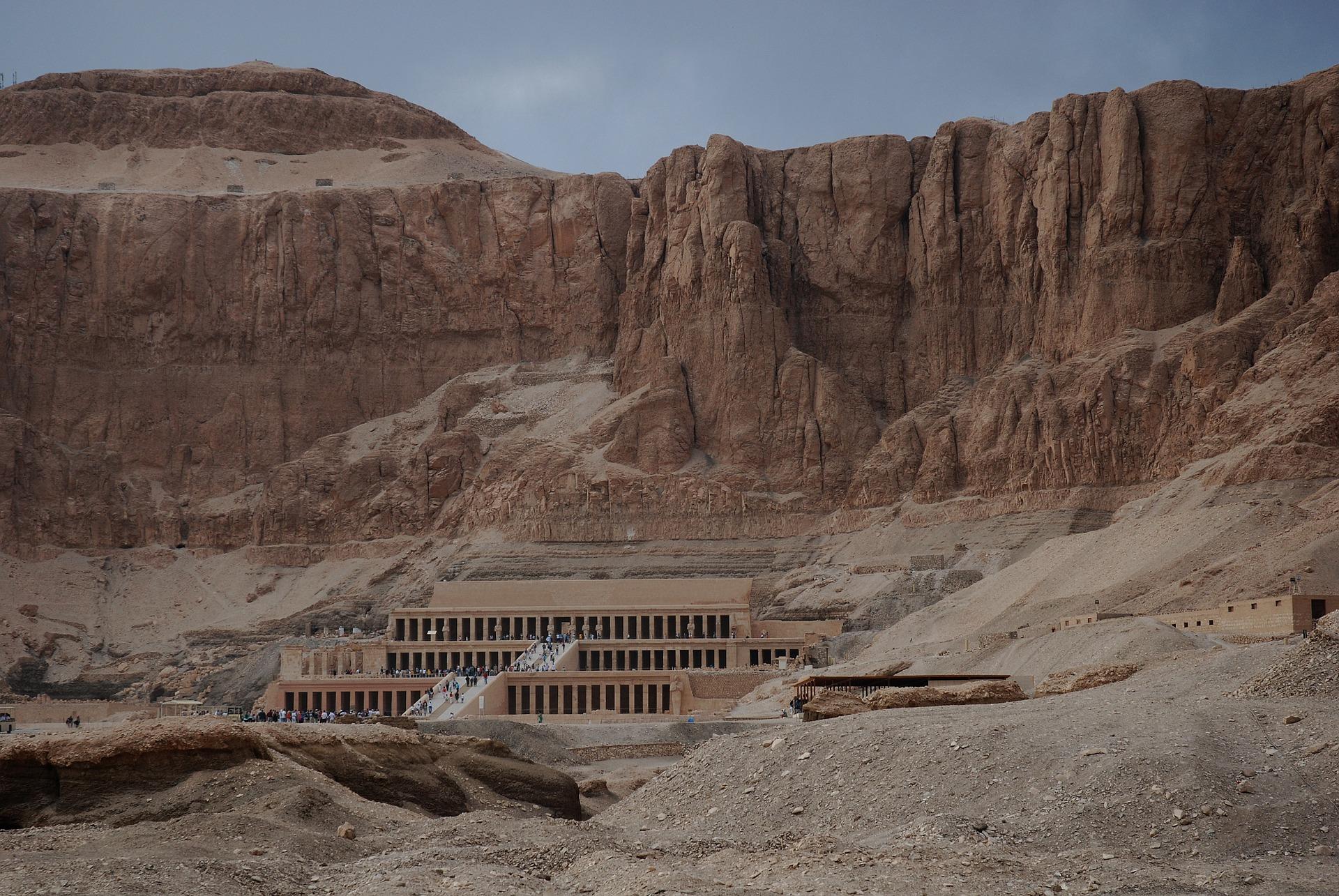 Thebes Luxor Menarik di Mesir
